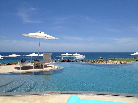 Secrets Puerto Los Cabos Golf & Spa Resort: infinity pool with the ocean