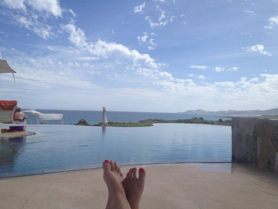 Secrets Puerto Los Cabos Golf & Spa Resort: infinity pool with ocean in the background