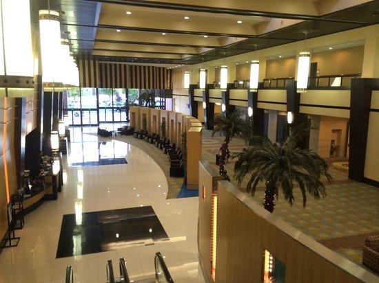 Pacific Palms Resort: huge lobby