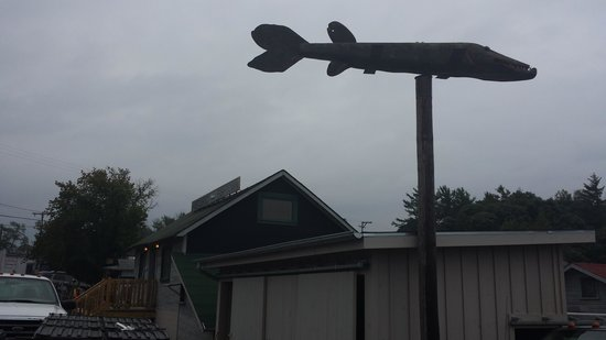 Fishtown : Big carved fish