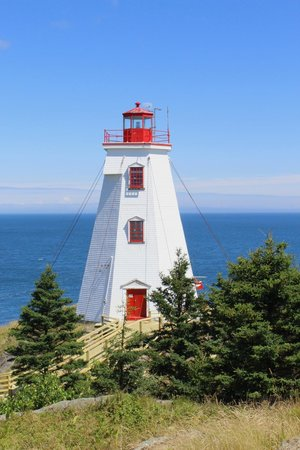 Swallowtail Lighthouse: The lighthouse itself