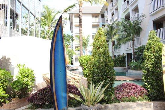 Bliss Surfer Hotel: beautiful gardens