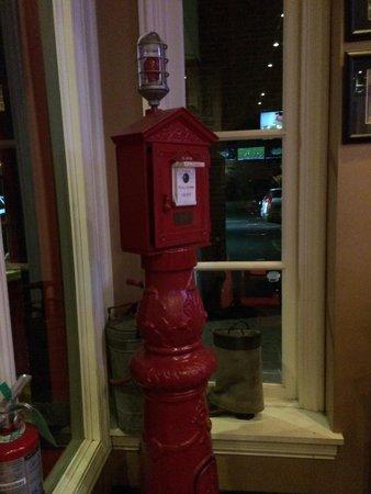 Chief's Pub : Firehouse theme