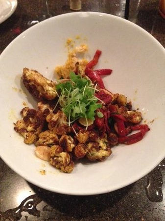 American Harvest Eatery: Roasted cauliflower with curried hummus, roasted peppers, and spanish almonds