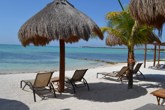 Hotel Jashita: Beach