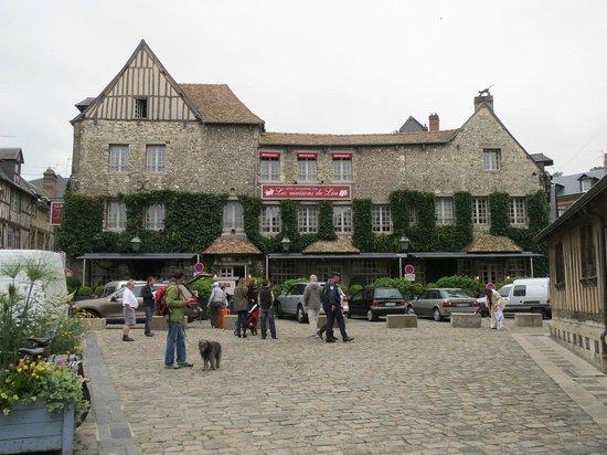 Le Vieux Bassin: Hotel Les Maisons de Lea