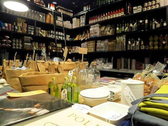 Ustensiles livres de cuisines etc picture of - Ustensiles de cuisines ...
