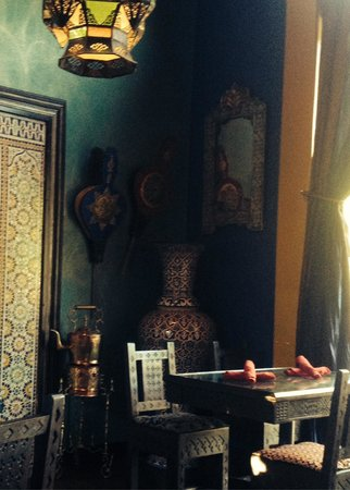 Dar Essalam: Gorgeous decor throughout transports you directly to Morocco