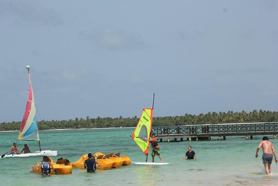 Barcelo Bavaro Palace : Beach - Activities Available