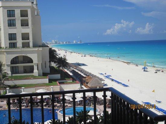 CasaMagna Marriott Cancun Resort : Great Beach