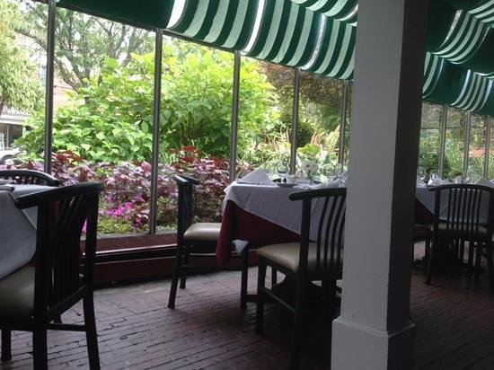 The Tavern at the Beekman Arms : A view from the sunroom dining area.
