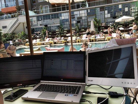 McCarren Hotel & Pool: My Poolside Workstation