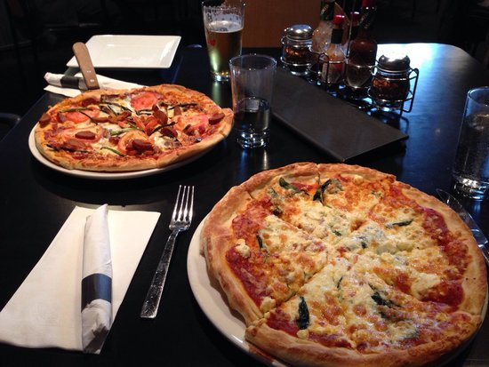 Timberwolf Pizza & Pasta Cafe: Pizzas