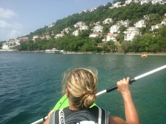 Windjammer Landing Villa Beach Resort: Kayaking at the WJL