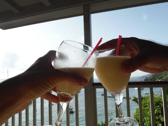 Cooper Island Beach Club: toasting