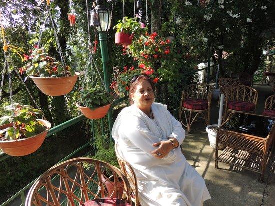 Mystic Mukteshwar Lodge: Aunty Manju
