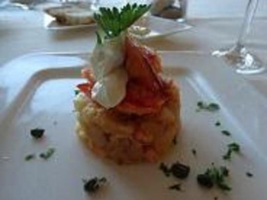 Neddies Harbour Inn : lobster salad