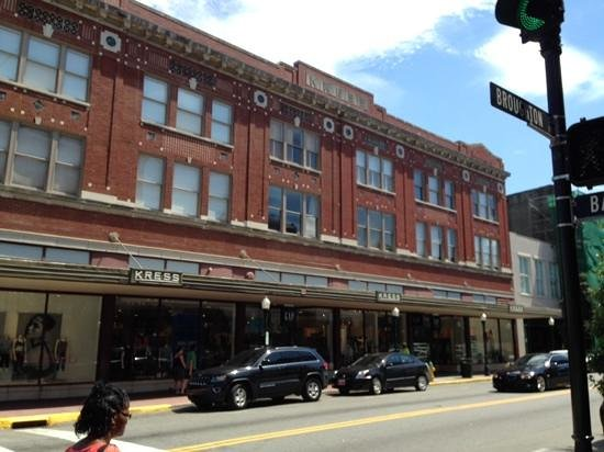 Savannah Historic District: the old Kress building