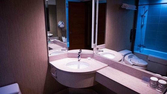 Pacific Hotel : salle de bain
