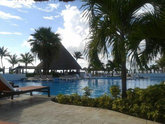 Moon Palace Cancun: Una de las albercas en área Nizuc