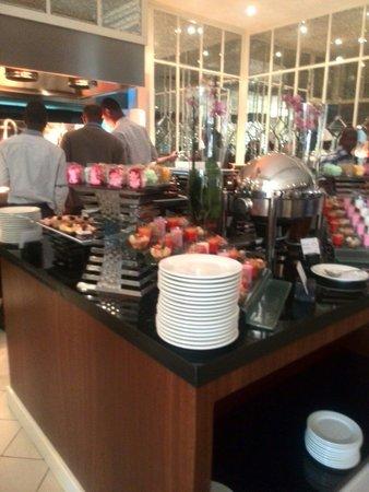 Villa Rosa Kempinski Nairobi: Lunch buffet