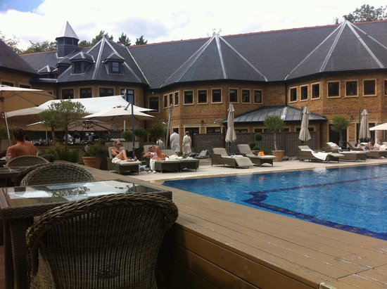 Pennyhill Park, an Exclusive Hotel & Spa: The pool