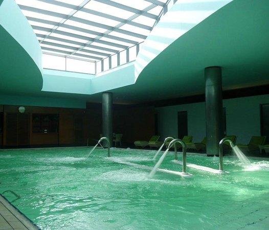 Hilton Kuwait Resort: Hydomedic spa pool