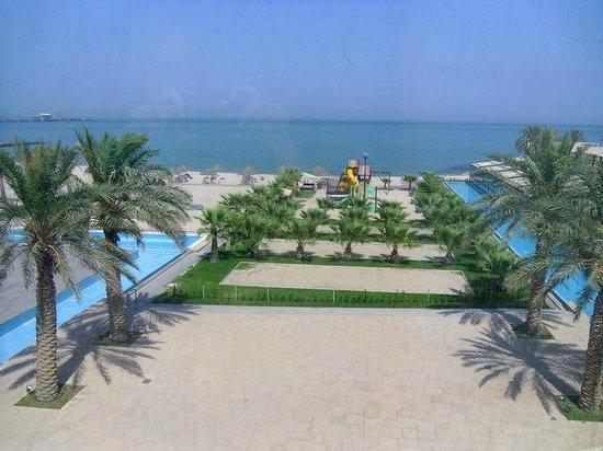 Hilton Kuwait Resort: Beach & Gulf view from the room