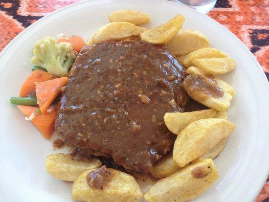Bintang Flores Hotel: Beef tenderloin