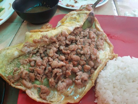 Smoke Restaurant: Omelette with Minced Pork & Grilled Eggplant - juicy & tender