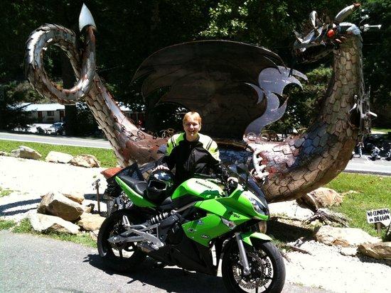 Two Wheel Inn : me at the dragon
