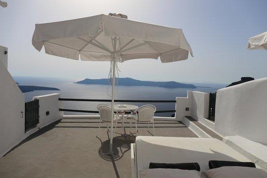 Sun Rocks Hotel : Terrace/Balcony of the Honeymoon Suite