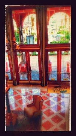 Aston MonteLago Village Resort: Fancy lobby