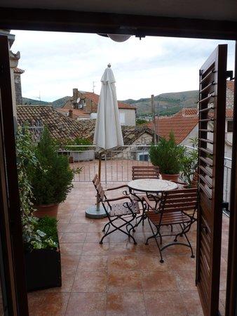 Vanjaka B&B: Balcony