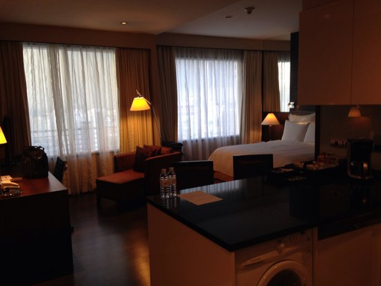 Sukhumvit Park, Bangkok - Marriott Executive Apartments: Spacious Room