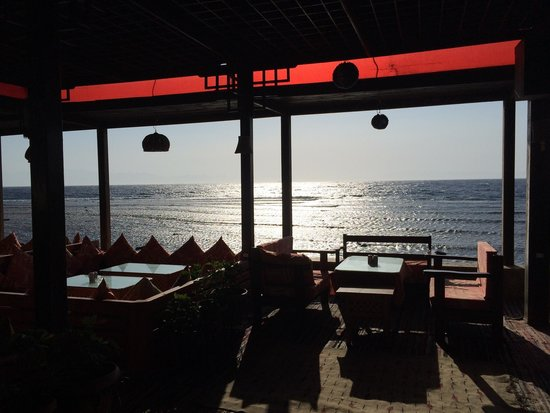 Shams Restaurant: Its clean, cozy and compétitive prices