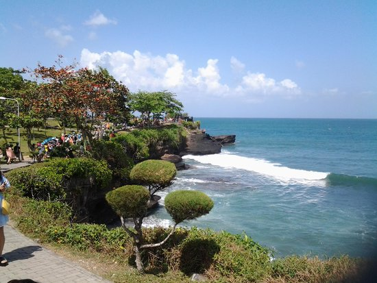 Tanah Lot Temple : The temple