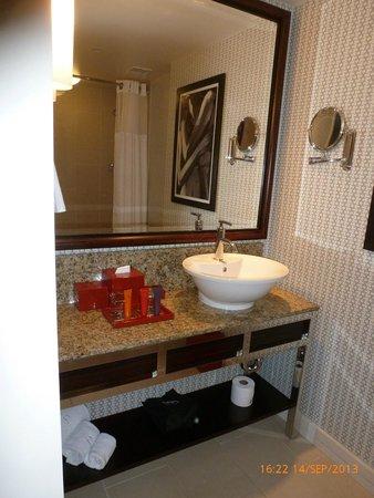 Kimpton Hotel Palomar Los Angeles Beverly Hills: Salle de bain