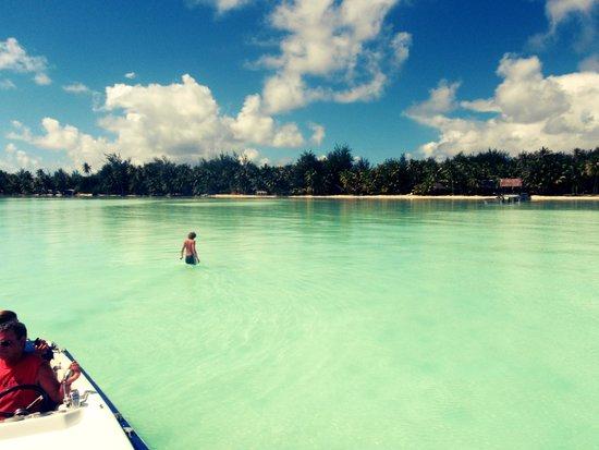Eden Beach Hotel Bora Bora : Waist Deep, this far from the shore