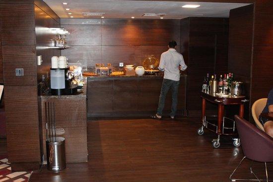 Radisson Blu Hotel, Abu Dhabi Yas Island : Buissnes loungen