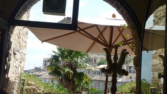 La Gallina Liberata: The view through the arch, August 2014