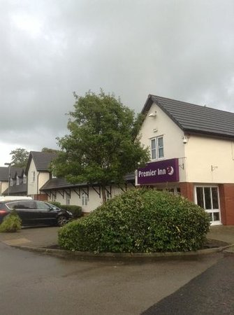 Premier Inn Preston North Hotel: parking spacious