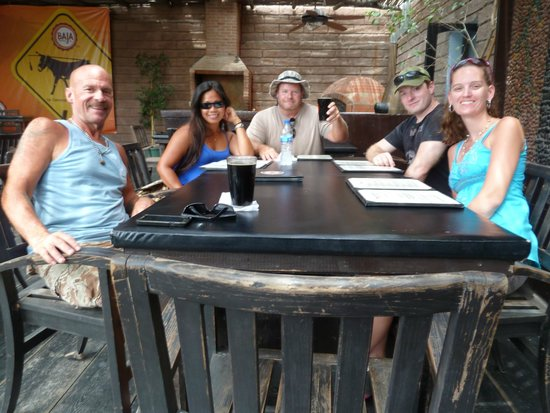 Baja Brewing Company : Lunch at Baja Brewing SJD