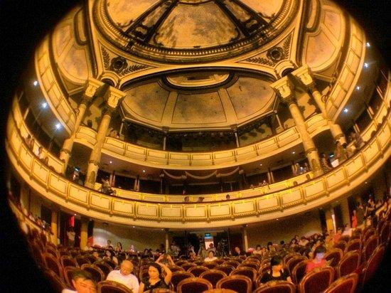 Hanoi Opera House: The galleries