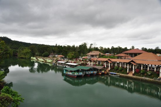 RIVER WATCH FLOATING RESTO : Loboc river