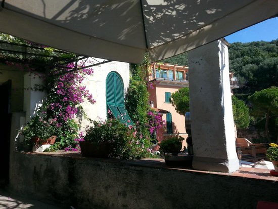 Hotel Genio : utsikt fra frokost terrassen