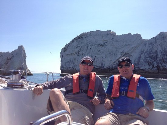 Escape Yachting - Day Sails: Lunch at The Needles - beats working!