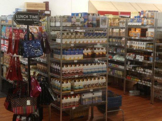 Kingsley Village: Dry Goods