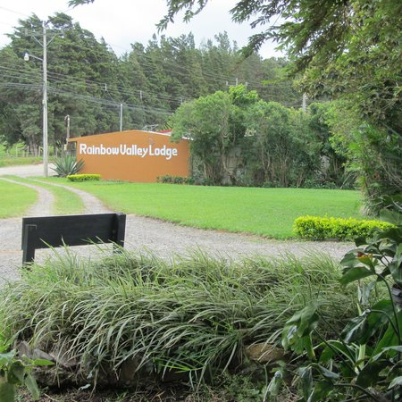 Rainbow Valley Lodge Entrance