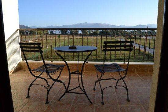 Bild fr n villa del lago boutique hotel kastoria for Hotel villa del lago